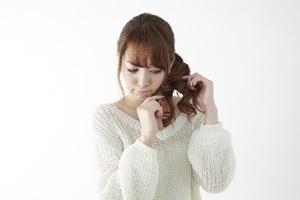 髪にできた枝毛!それって切るしか方法はないの!?