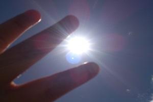 日焼け止めの効果を上げる塗り方♪基本の3つのポイント!