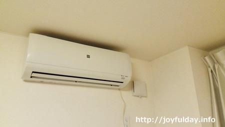 エアコンフィルターの掃除頻度って?汚れを取る向きも覚えよう